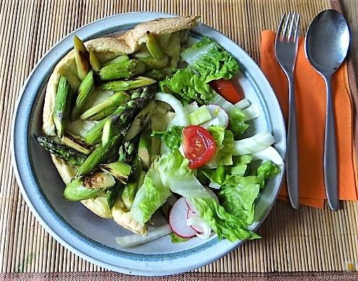 Omlette,Spargel, Salat (3)