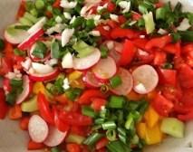 Bratkartoffeln, Bunter Salat und Sardinen (11)