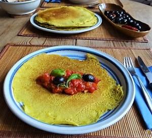 Buchweizen Pfannkuchen und Tomaten Ragout (21)