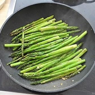 Glasnudeln, Gemüse und Putenfleisch (13)