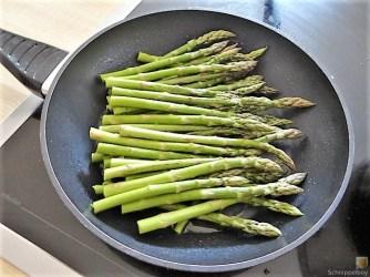 Grüner Spargel, Forelle, Tomaten auf Buchweizenpasta (14)