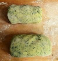 Kartoffel-Spinat Taler, Champignon, Tomaten-Avocado Salat (19)