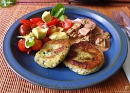 Kartoffel-Spinat Taler, Champignon, Tomaten-Avocado Salat (31)