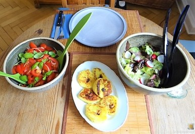 Kloßscheiben und Salate (22)