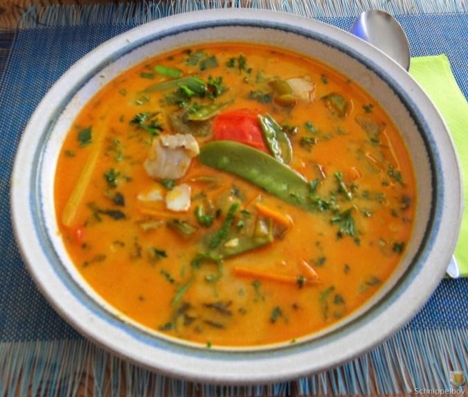 Kokossuppe-mit-FischErdbeeren-1