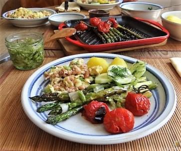 Rührei mit Krabben, Grüner Spargel und Tomaten (22)