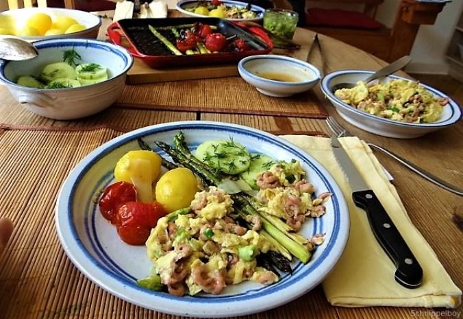Rührei mit Krabben, Grüner Spargel und Tomaten (7)