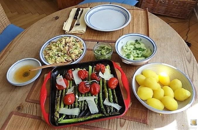 Rührei mit Krabben, Grüner Spargel und Tomaten (9)