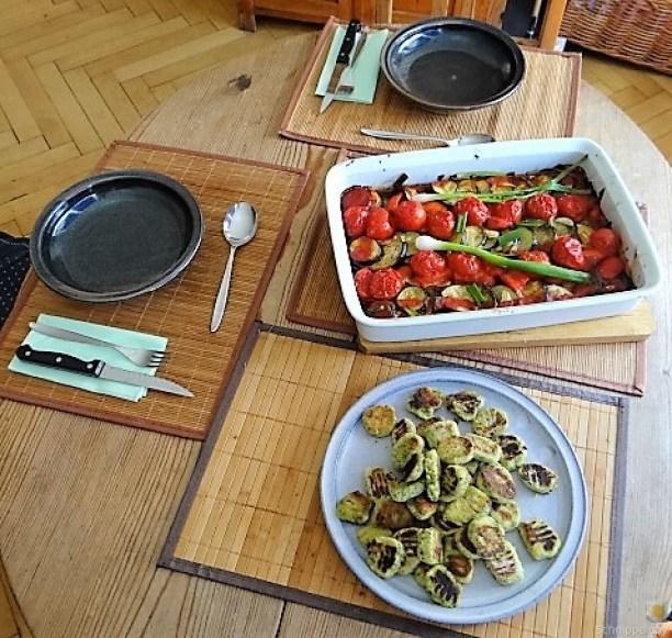 Ratatouille in der Pfanne und Spinat Gnocchis (7)