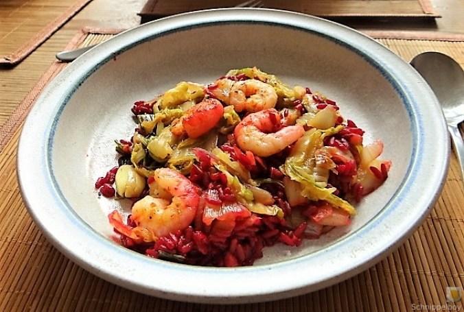 Roter Reis mit Chinakohl und Garnelen (23)