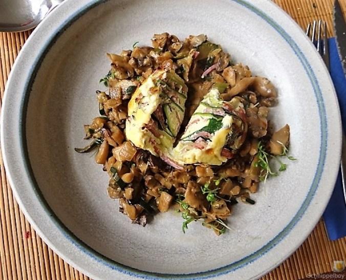Zucchini Röllchen mit Champignon (6)