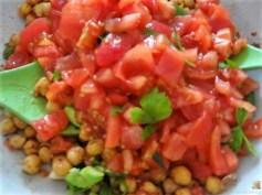 Kichererbsensalat mit Guacamole (16)