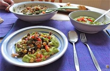 Kichererbsensalat mit Guacamole (24)
