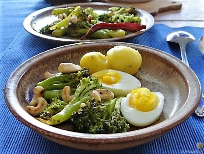 Brokkoli mit Chilli und Cashewkernen (13)