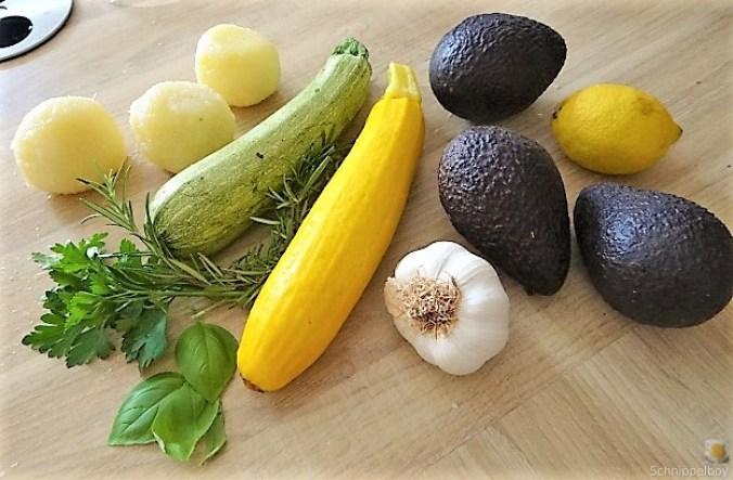 Ofen Zucchini mit Guacamole und Kloßscheiben vom Vortag (7)