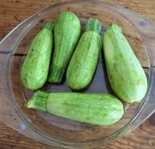 Spitzpaprika in Kokosmilch mit Minizucchini und Reisnudeln (13)