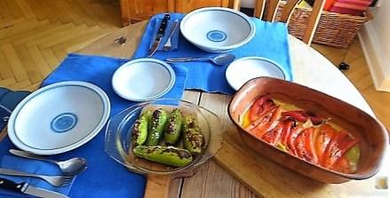 Spitzpaprika in Kokosmilch mit Minizucchini und Reisnudeln (17)