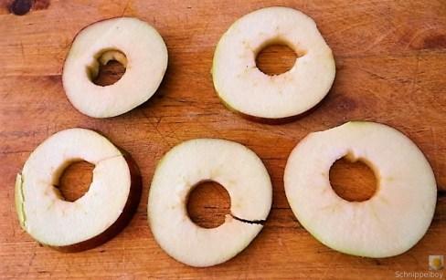 Hollundersuppe und Apfelscheiben (14)