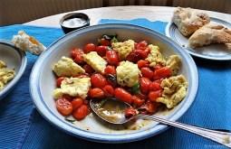 Omelett mit geschmorten Tomaten (15)