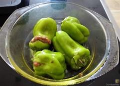 Gefüllte Paprika auf Zucchini Zoodles und Tomaten (10)
