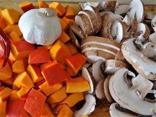Pürierter Hokkaido und Kartoffelstampf mit Champignon und Apfel-Crumble (10)