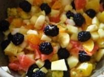 Ratatouille , Kartoffelspalten,Obstsalat,Kürbiskern Pesto (Brotaufstrich) (20)