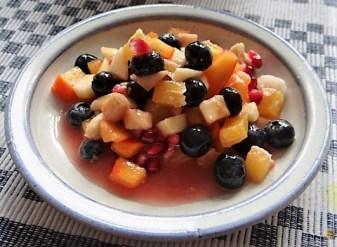 Weißkohleintopf mit Mettbällchen, Obstsalat (25)