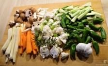 Buntes Gemüse mit violetten Kartoffeln (12)