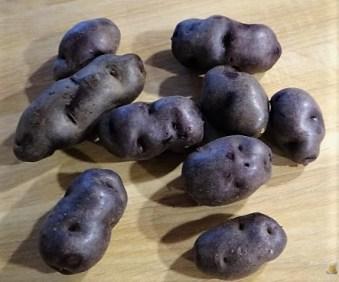 Buntes Gemüse mit violetten Kartoffeln (20)