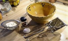 Kartoffel-Quark Nudeln ,Rotkohlsalat und Apfelkompott (14)