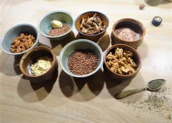 Leanders Nussbraten mit Guacamole und Feldsalat (12)