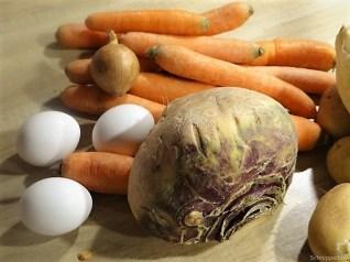 Steckrüben-Kartoffel Stampf mit versunkenen Eiern (10)