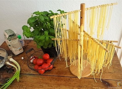 Spaghetti mit Tomaten-Basilikum Ragout (15)