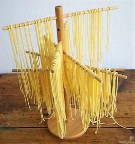 Spaghetti mit Tomaten-Basilikum Ragout (16)