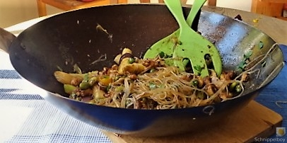 Geschnetzeltes mit Gemüse und Glasnudeln (20)