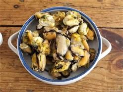 Pasta mit Muscheln, Garnelen und Avocadosauce (10)