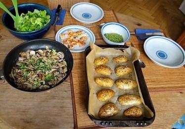 c Erbsen,Champignon,Garnelen und Ofenkartoffeln (21)