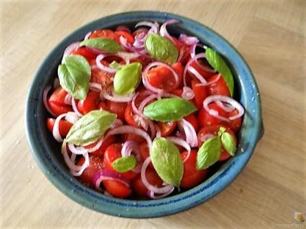Salate und Ofenkartoffeln (12)