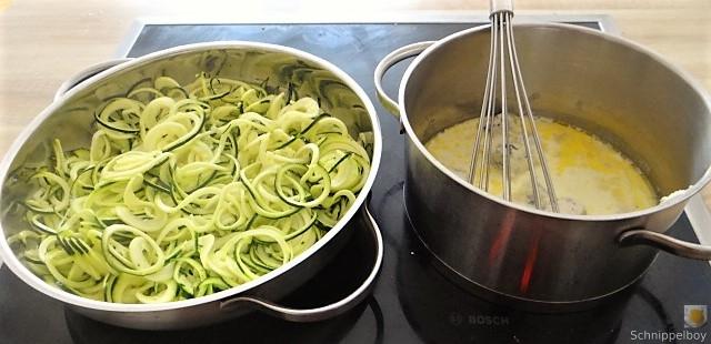 Zucchini Zoodles mit Gorgonzolasauce(18)