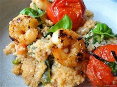 Couscous mit Babyspinat,Tomaten und Garnelen (19)