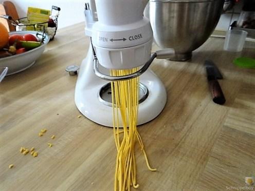 Selbst gemachte Spaghetti mit gebratenen Champignons (11)