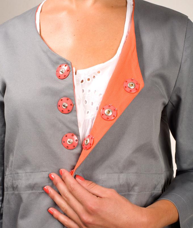 Schnittmuster Sommermantel Marie ist ein einfacher, ungefütterter Mantel.