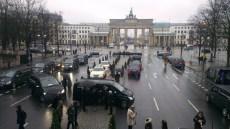 berlin-fashion-week-people-arriving
