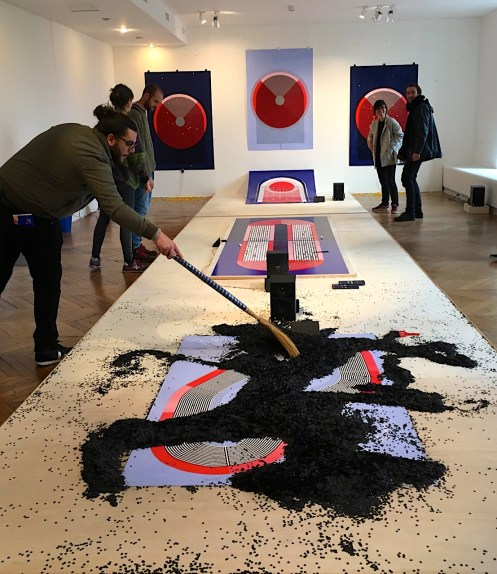 "Marion Pinaffo & Raphael Pluvinage ""Papier Machine"" ( Laureats Audi Talents Awards 2016 Design) - DDays Musée des Arts Decorativs 2017 - spielend klänge erzeugen, ein interaktiver Parcours, sehr cool!"
