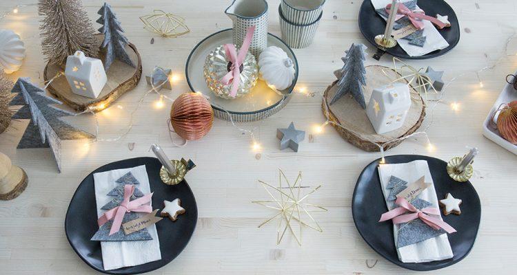 Tischdekoration zu Nikolaus in Grau und Rosa