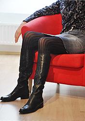 Damen Stiefel Größe 42, 43, mit schmalem XS Schaft