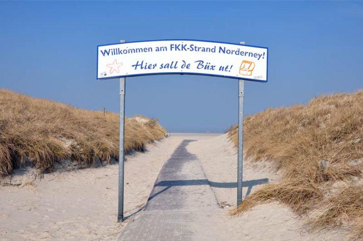 Strand Hier sall de Büx ut!