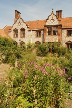 Senkgarten Wiveton Hall