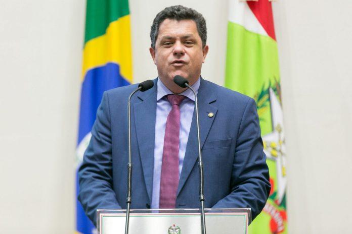Deputado Naatz apoia reivindicação dos servidores da Fesporte, SC Hoje News - Notícias de Balneário Camboriú