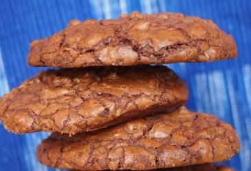 Achtung, Suchtgefahr: unglaublich schokoladige Schoko-Walnuss-Cookies